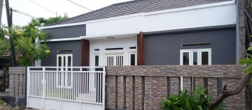 Main Road House for Sale in Area of Jalan Mahendradata Denpasar Bali
