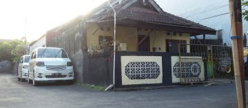 Cheap House for Sale in Padangsambian West Denpasar