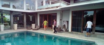 Cheap Villa for Sale in Pererenan closed to Beach need to Sell asap